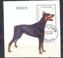 TANZANIA - FAUNA - DOGS -  MI.NO.BL 227 - CV - 2,5 € - Tanzania (1964-...)