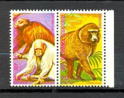 Timbre Oblitéré - Guinée Equatoriale / Guinéa - Singes  / Monkeys - Paire - Mono Calvo, Chacma - (4) - Equatoriaal Guinea