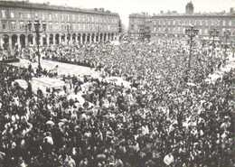 CPSM Grand Format TOULOUSE  GREVE DES ETUDIANTS  Rassemblement Place Du Capitole Le 27 Novembre 1986 RV 300 Ex - Toulouse