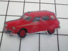 1120 Pin's Pins / Beau Et Rare / THEME : AUTOMOBILES / UTILITAIRE CITROEN ANNEES 50 AMI 6 - Citroën