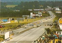 Cpsm Gf -  72 -  LE MANS - Circuit Des  24 H Fin Du Tour De Reconnaissance Avant Le Départ Lancé   171 - Le Mans