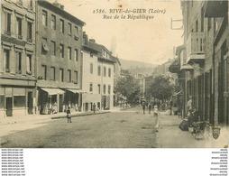 WW 42 RIVE-DE-GIER. Commerces Rue De La République 1933 - Rive De Gier