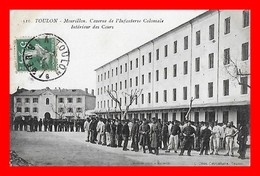 2 CPA (83) TOULON.  Mourillon, Caserne De L'infanterie Coloniale / Le Monument De La Fédération...D156 - Toulon