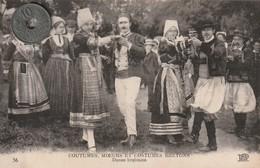 29 - COUTUMES, MOEURS ET COSTUMES BRETONS   Danse Bretonne - People