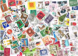 Tütenlot Mit Ca. 2000 Sondermarken Bund, Alt Und Neu - Timbres