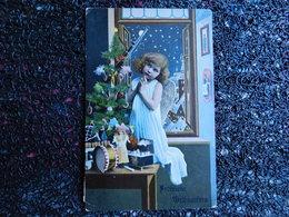 Petit Ange-fille Prie Devant Fusil Jouet Accroché Au Sapin De Noël, Jouets, Décembre 1914    (B10) - Jeux Et Jouets