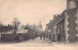 41 - LOIR ET CHER - LA VILLE AUX CLERS - 10047 - Rue De L'abreuvoir - - Autres Communes