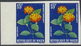 NIGER (1964) Lantana Camara. Imperforate Pair. Scott No 131, Yvert No 137. - Niger (1960-...)
