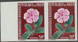 NIGER (1964) Catharanthus Roseus. Imperforate Pair. Scott No 136, Yvert No 140. - Niger (1960-...)