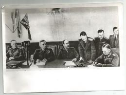 Signing Of The Act Of Capitulation Of Hitler's Germany  Gt271-348 - Reproductions