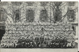 CARTE PHOTO ANCIENNE - MILITAIRES - GRAND GROUPE - Militaria