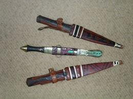 Lot De Trois Petits Couteaux Africains: 2 Massaî + 1 Touareg. - Knives/Swords