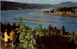 Washington Columbia River Boulevard Evergreen Highway Looking Up The River Union 76 Card - Etats-Unis