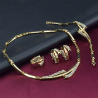 Parure Laminata In Oro 18k: Collana, Bracciale, Orecchini Anello (regolabile) Con Cristalli Rhinestone - Autres