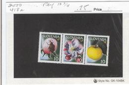 SLOVENIA  2000 Scott No(s). 418a; Apple, Blossom, Weevil; Mint Never Hinged - Slovenia