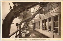 """CPA BATEAUX. PAQUEBOT """"NORMANDIE"""". LE GRAND PONT-PROMENADE - Steamers"""