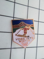 1318c Pin's Pins / Beau Et Rare / THEME : SPORTS / SKI YOSEMITE WINTER CLUB - Wintersport