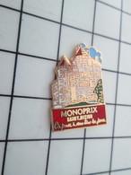 416c Pin's Pins / Beau Et Rare / THEME : MARQUES / MAGASIN  MONOPRIX SAINT DIZIER CHATEAU - Trademarks