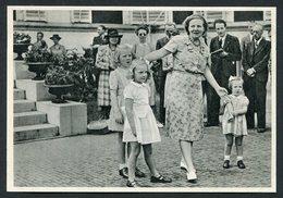 Juliana Der Nederlanden - Beatrix - Margriet -Christina - See The 2 Scans For Condition.( Originalscan !! ) - Familles Royales