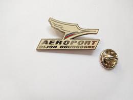 Beau Pin's En Zamac , Aviation Avion , Aéroport De Dijon Bourgogne , Côte D'Or - Luftfahrt