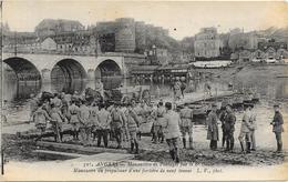 SAUMUR : MANOEUVRES DE PONTAGE - Saumur