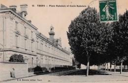 TOURS PLACE RABELAIS ET ECOLE RABELAIS   REF 66200 - Escuelas