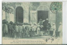 Pénitencier De Cayenne. Après La Rentrée La Fouille Avant De Pénétrer Dans Les Baraques, Rare - Cayenne