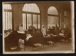 Photo 12 Cm X 8,7 Cm - Guerre 1914-1918 - Calais - Hôpital Militaire De La Croix-Rouge Jeanne D'Arc - 2 Scans - Guerra, Militares