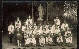 Ecole D'Autrefois - Carte Photo - Ecole Catholique - Une Classe D'enfants En Marinières - 2 Scans - Escuelas