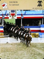 SAUMUR - Le Carroussel Equitation Cheval - Photo Entrée Du Cadre Noir - FICHE GEOGRAPHIQUE - Ed. Larousse-Laffont - Equitazione