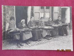 CPA - Belgique - Dentellières Flamandes - Old Professions