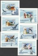 Y550 2008 S.TOME E PRINCIPE FAUNA BIRDS ALBATROZES 6 LUX BL MNH - Marine Web-footed Birds