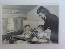 Aviation Sabena Photo Carte Postale Hôtesse De L' Air Avec Enfants Children Enjoying Their Way To New-york - Advertisements