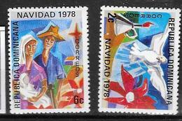 829/30   * *  Postfris Zonder Scharnier - Dominicaine (République)