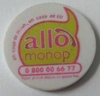 Jeton De Caddie - Magasins - Allo Monop  - Un Coup De Main, Un Coup De Fil - Monoprix - En Plastique - - Trolley Token/Shopping Trolley Chip