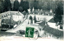 N°9267 -cpa Les Riceys -place De La Scierie- - Les Riceys
