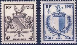 734 + 735 ARMOIRIES METZ Et STRASBOURG NEUFS*  ANNEE 1945 - Unused Stamps