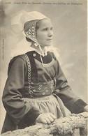 - Finistère -ref-E483- Gouezec - Jeune Fille - Coiffe - Costume - Etude Coiffes De Bretagne - Folklore - - Gouézec