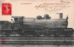 CPA Les Locomotives - Machine Mixte De La Cie De L' Etat - Série 10 Modèle 1900 - 6 Roues Accouplees - Treinen
