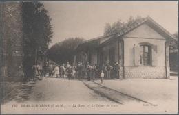 Bray Sur Seine , La Gare , Le Départ Du Train , Animée - Bray Sur Seine