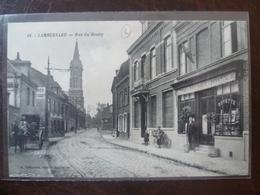 LAMBERSART   Rue Du Bourg  édit:  A. Deflandre A Hautmont - Lambersart