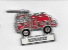 Pin's  Argenté  Sapeurs  Pompiers, Camion  RENAULT  Rouge  Signé  C E F  PARIS - Firemen