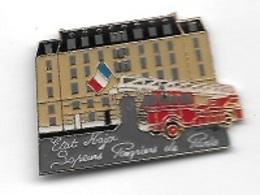 Pin's  Ville, ETAT  MAJOR  Sapeurs  Pompiers  De  PARIS, Camion  Rouge - Firemen