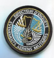 X453 PATCH ECUSSON GENDARMERIE VELCRO NOIR DIRECTEUR D' ENQUÊTE ÉVÉNEMENTS AÉRIENS MILITAIRES - Polizia