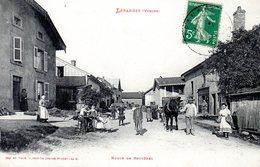 LEPANGES  -  Route De Bruyères  -  Magnifique Animation - Autres Communes