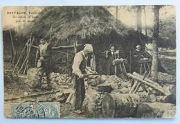 C. P. A. : 56 Fabrication Des Sabots En Foret Près De STIVAL, Timbre En 1906 - France