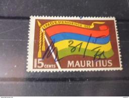 ILE MAURICE  YVERT N°313 - Maurice (1968-...)