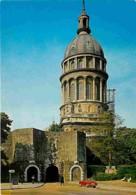 62 - Boulogne Sur Mer - La Basilique Notre Dame Et La Porte De Calais - Automobiles - Carte Neuve - CPM - Voir Scans Rec - Boulogne Sur Mer