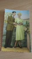 CP - JEUNE COUPLE - Cartes Postales