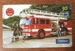 POMPIER CAMION INCENDIE BRESIL BRASIL CARTE TÉLÉPHONIQUE INDUCTIVE POUR COLLECTION TÉLÉCARTE - Pompiers